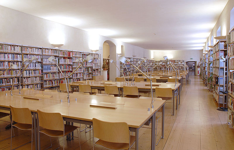 Sala Studio, Biblioteca Comunale Trento (license: Wikimedia Commons)